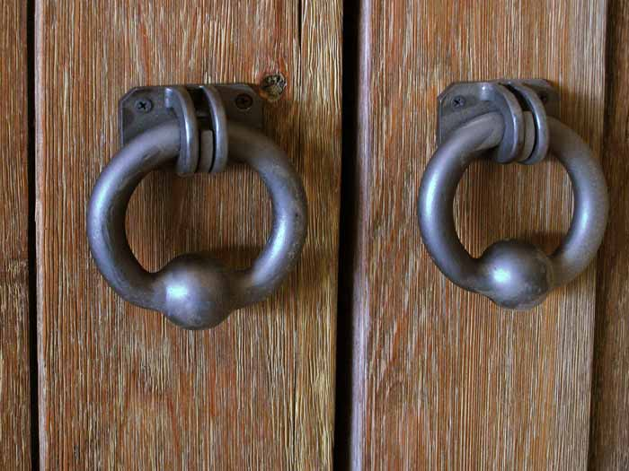 Barn door hardware pulls are made from metal