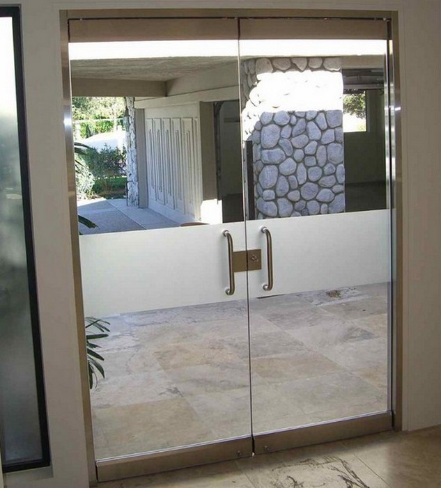 Best entry doors for direct sun have to reflect or block the sun rays