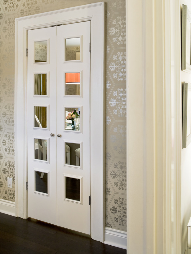 Decorative interior pantry doors can be equipped with a mirror