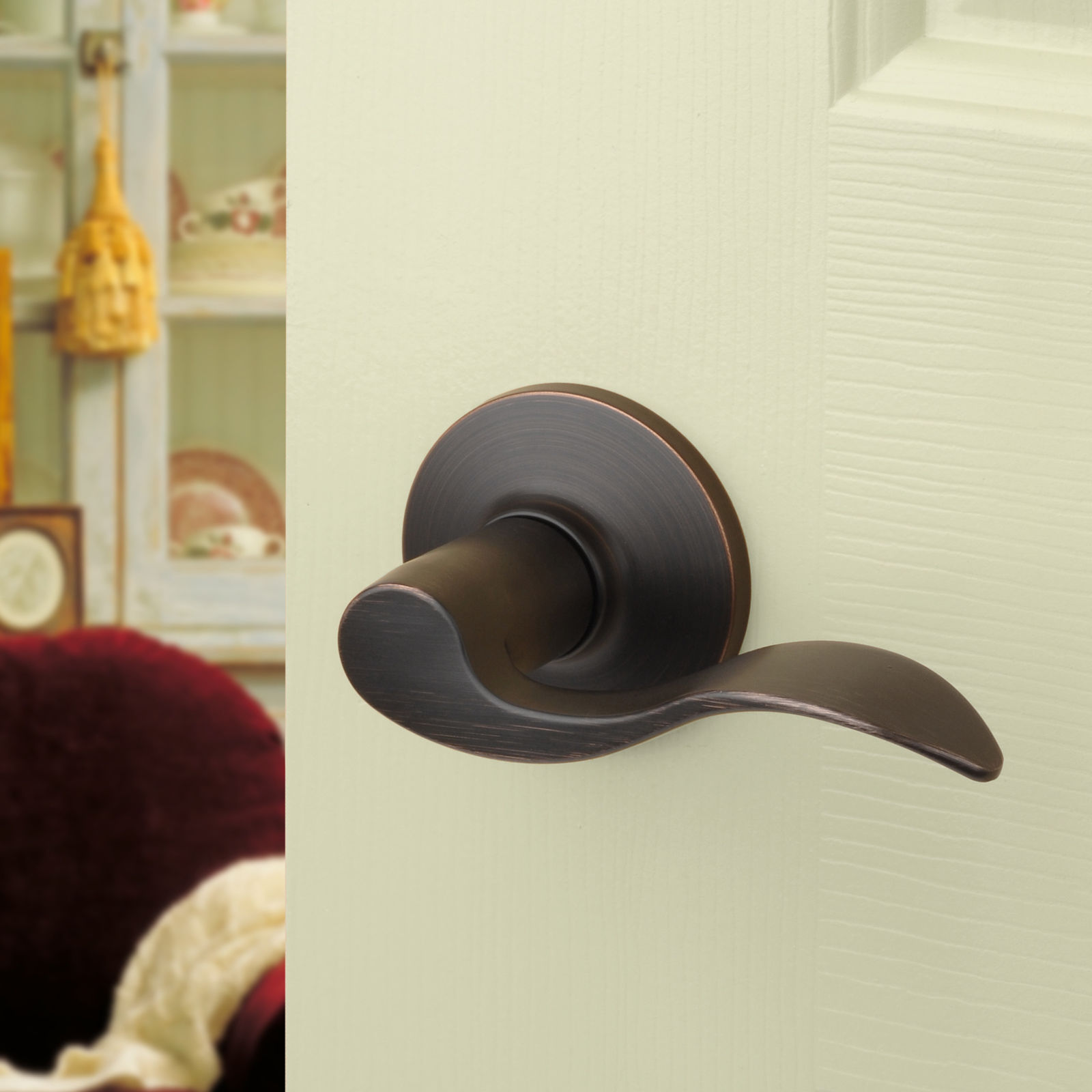 Interior door levers oil rubbed bronze look attractive thanks to their finish
