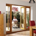 : Internal oak doors with side panels create the complete impression