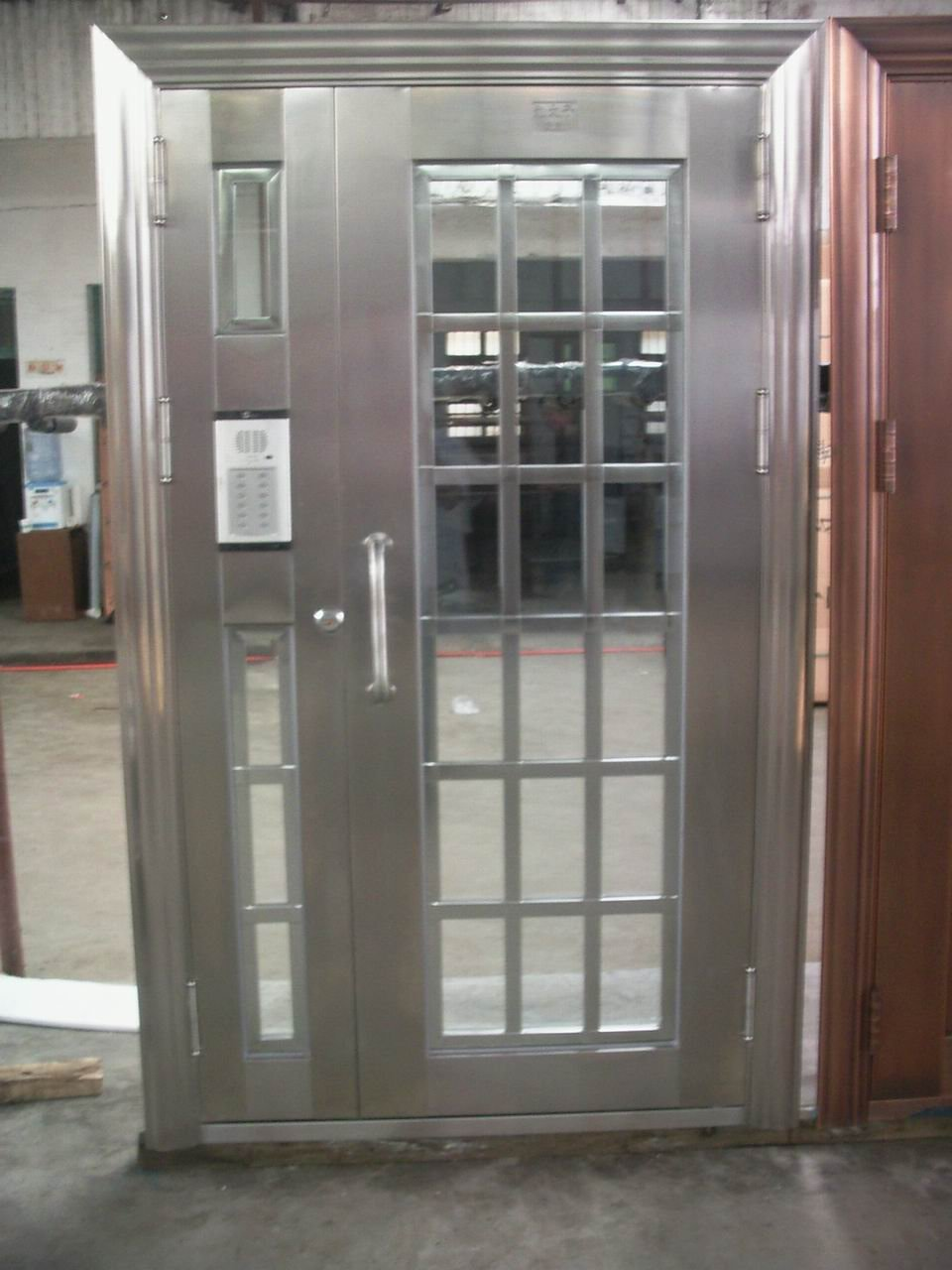 Metal Exterior Doors With Solid Tempered Glass Interior