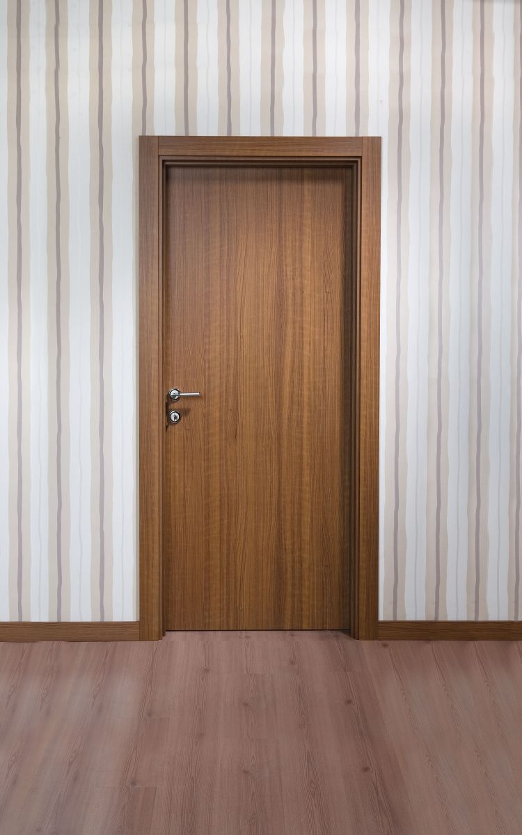 Solid timber interior doors show all the beauty of natural material