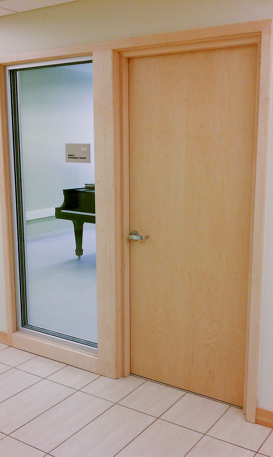 Soundproof interior sliding door help to separate the rooms