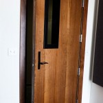 : Soundproof internal doors made of wood are affordable