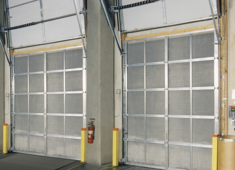 Steel entry doors with screens are ergonomic