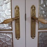: Vintage interior door handles emphasize the aristocracy of such door design