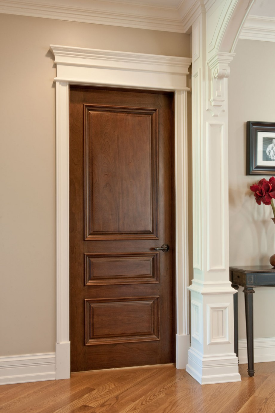 Wholesale interior wood doors have a lot of variants for a house
