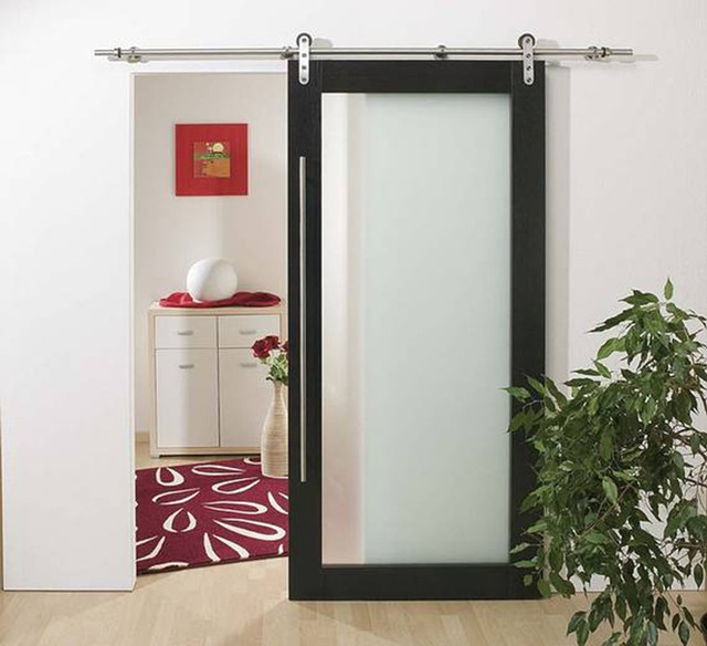 Wood indoor sliding doors look cool and modern, why not buying them
