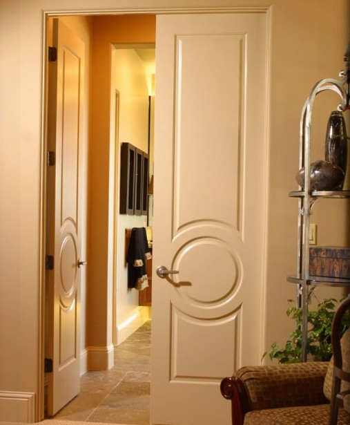 26 inch wide interior door fits well within the spacious living-room or bedroom