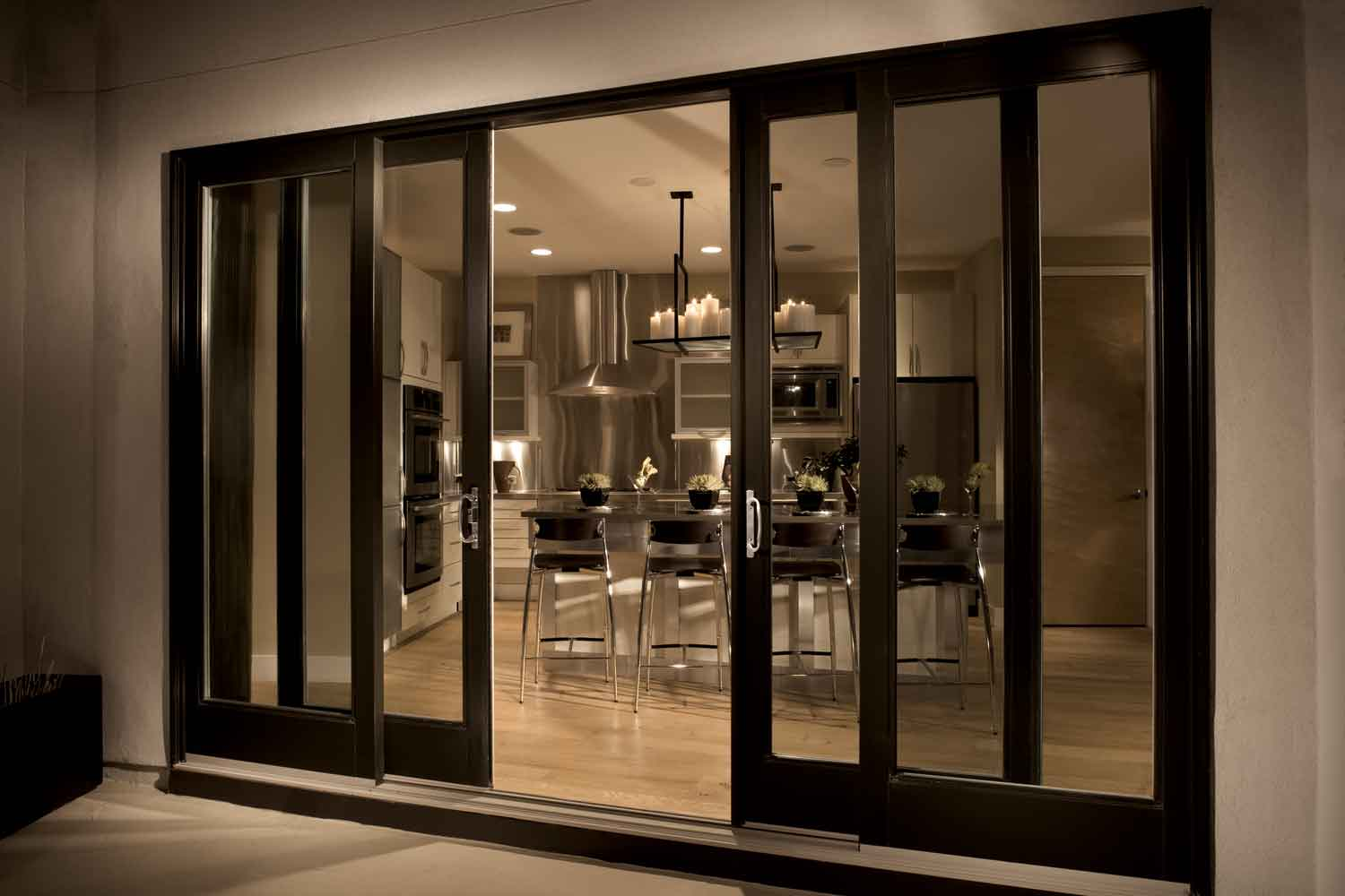 4 panel interior door with glass can be installed in a country style living room