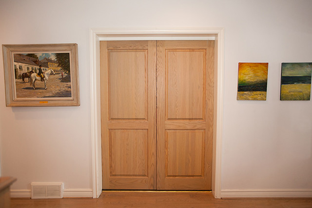 8 foot interior pocket door design looks better if the door is made from solid wood