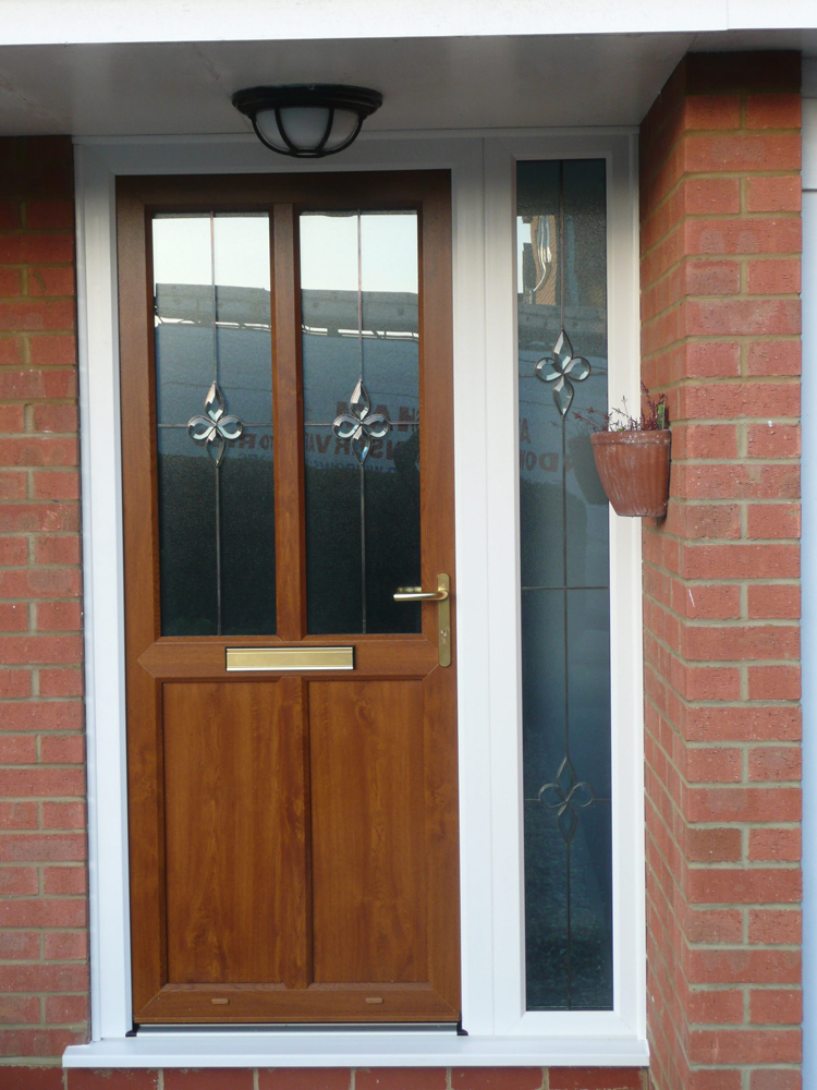 Used front doors for sale in UK will cost you almost nothing